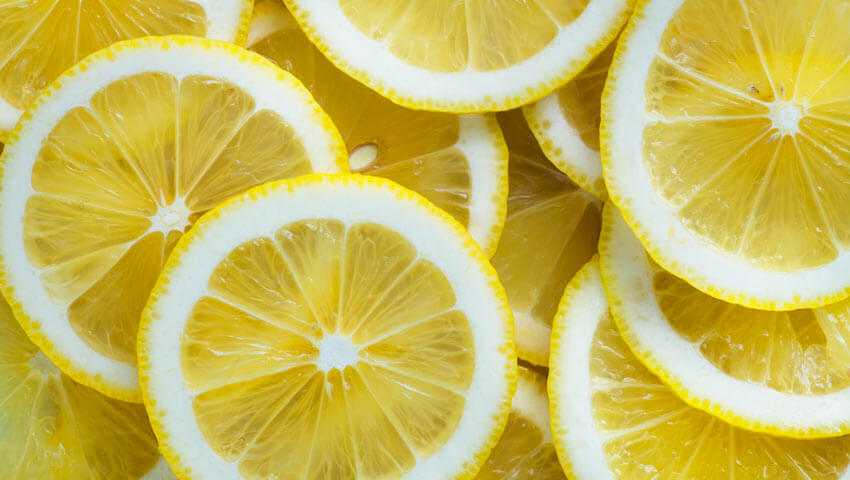Does lemon juice kill mold?